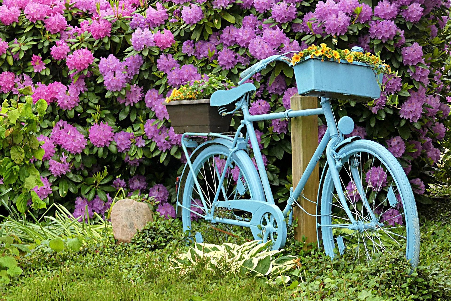 Une touche d originalit avec le v lo d co jardin - Deco jardin pinterest ...